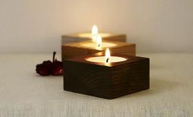 Koka svečturi – siltumam un noskaņai