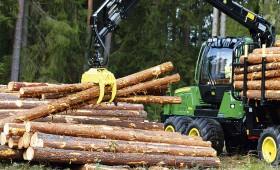 Samazināsies traktortehnikas vadītāju kategoriju skaits